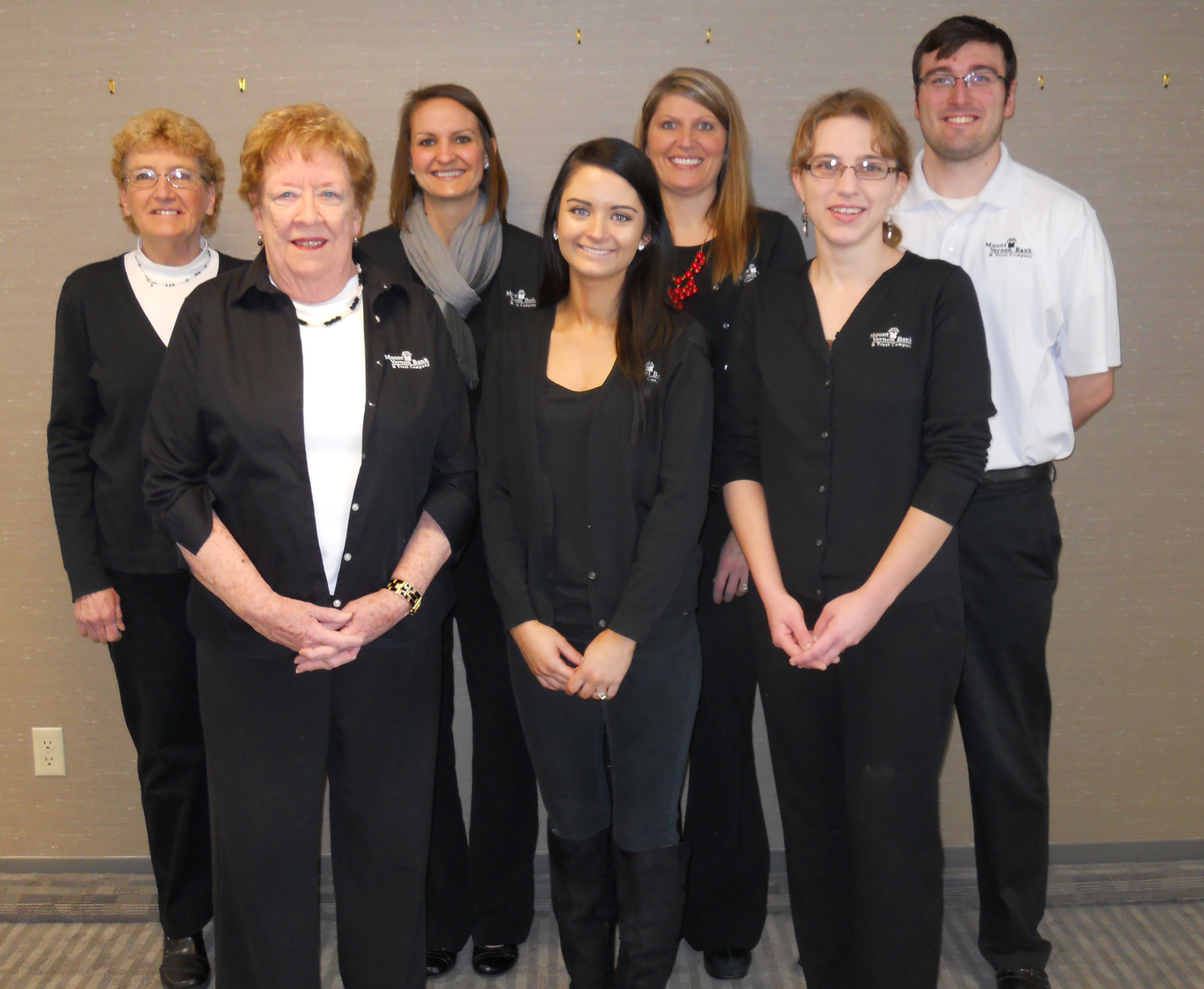 Tellers: Back row-Kathy Dix, Amber Scheil, Melissa Kahl, Roman Myers,  Front row- Jan White, Michele Thomsen, Laura Strabala